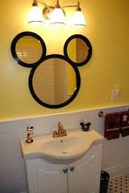 mickey mouse bathroom ideas pin by lilly on cuarto de niños disney bathroom