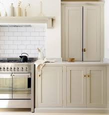 what color cabinets with beige tile 7 colors to paint your kitchen cabinets beige kitchen