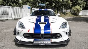 build dodge viper dodge viper acr gets kit and power hike to 765 hp by