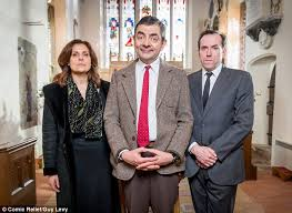 rowan atkinson resurrects mr bean for comic relief sketch daily