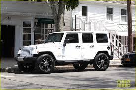 new jeep white kendall u0026 kylie jenner take khloe kardashian u0027s jeep for a spin
