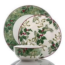 christmas dinnerware 189 best christmas dinnerware images on christmas