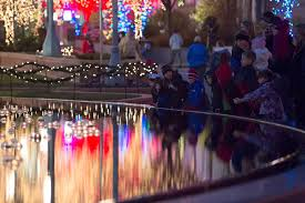 temple square lights 2017 schedule plan your visit to see the christmas lights temple square