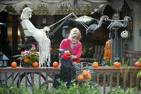 Halloween Yard Decorations Diy Spooky Outdoor Halloween Decorations Outdoor Halloween