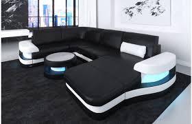 couch u form leder wohnlandschaft modena ist ein modernes ledersofa mit ottomane