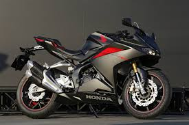 honda cbr series price 2017 honda cbr250rr review of specs u0026 features pictures u0026 videos