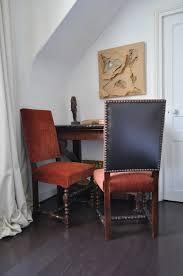 chaises louis xiii chaise louis xiii revisitée velours dedar atelier secrea