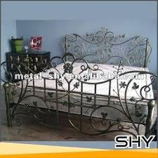 Antique Cast Iron Bed Frame Wrought Iron Bed Away Wit Hwords