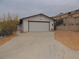 spring valley 3 bedrooms 2 bathrooms 1300 square feet single