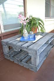 Patio Pallet Furniture by 164 Best Diy Tables Benches And Other Outside Furniture Images