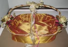Indian Wedding Gifts For Bride Gift Wrapping Ideas For Indian Weddings Lading For