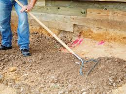 How To Lay Patio Stones by Building A Paver Patio How Tos Diy