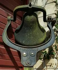 wall mount dinner bell old rare true antique nashville 2 large 14