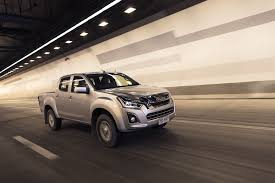 2017 isuzu d max review specification and pricing pat