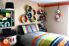Bedroom Designs Cool Room Designs For Guys With Sports Football - Football bedroom designs