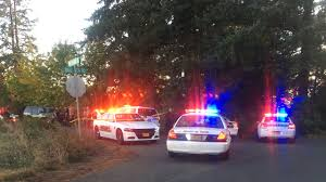 bank open day after thanksgiving police suspect in salem bank robbery arrested after 25 mile hig