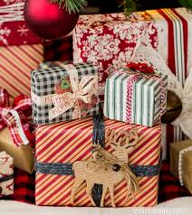 rustic christmas wrapping paper 128 best gift wrapping images on gift wrapping hobby