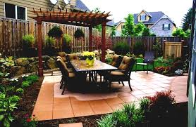 decor small yard design with rock decoration and green grass for