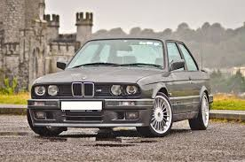 bmw e30 icons bmw e30 325i sport a feature by completecar ie