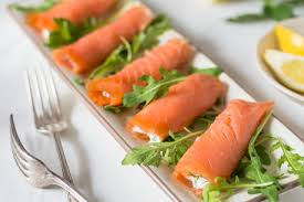 cuisiner saumon fumé rouleaux de saumon fumé et philadelphia kraft canada