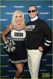 jenny mccarthy halloween party jenny mccarthy u0026 donnie wahlberg are adorable super bowl