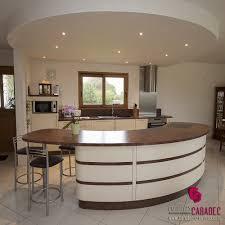 meuble cuisine arrondi cuisine avec bar arrondi lzzy co