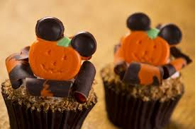 limited time magic thanksgiving goodies abound in disney theme