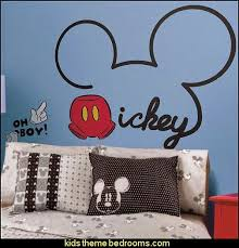 Mickey And Minnie Bedroom Ideas The 25 Best Mickey Mouse Wall Decals Ideas On Pinterest Minnie