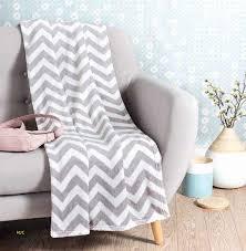 plaid canap canapé qualité prix inspirerend plaid canap maison du monde