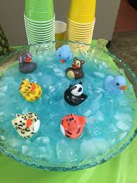 jungle baby shower ideas best 25 jungle ba showers ideas on jungle theme zoo