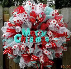 best 25 deco mesh wreaths diy ideas on diy