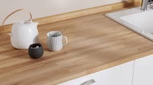avec quoi recouvrir un plan de travail de cuisine plan de travail évier mitigeur côté maison