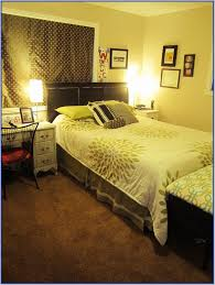 Best Arrangement For Small Bedroom Small Master Bedroom Furniture Layout Descargas Mundiales Com
