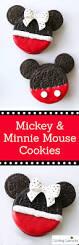 Mickey Minnie Bathroom Decor by Best 20 Mickey Minnie Mouse Ideas On Pinterest Minnie Birthday