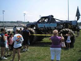 lightning mcqueen monster truck videos jam disney pixar cars funny car lightning mcqueen in disney blue
