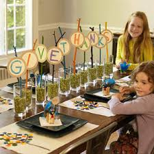 how to make a give thanks centerpiece for thanksgiving