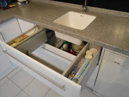 cuisine tiroir aménagement de cuisine tiroir sous évier