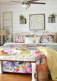 master bedroom spring tour little vintage nest master bedroom spring tour simple spring decor ideas for the bedroom