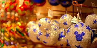 decorations you can easily make from recycled materials