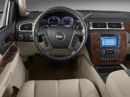 2010 chevrolet avalanche 1500 price photos reviews u0026 features