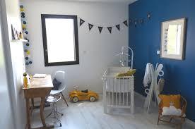 chambre bleu enfant chambre bleu canard et jaune idées décoration intérieure farik us