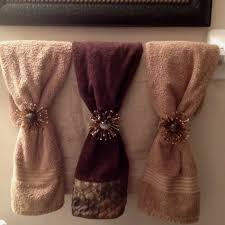 bathroom towel display ideas entranching best 25 bath towel decor ideas on decorative