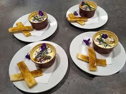 cuisine violette la cuisine des fleurs in the perfume of violette yesicannes com