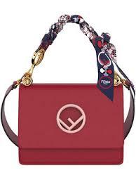 handtaschen design luxuriöse designer handtaschen lederwaren farfetch