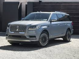 2015 lincoln navigator puts on a brave face offers ecoboost v6
