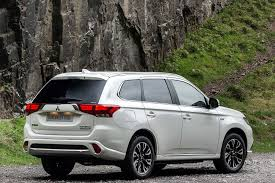 outlander mitsubishi 2011 2016 mitsubishi outlander phev review uk first drive motoring