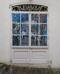 things to see in cadaqués sculptures and street art