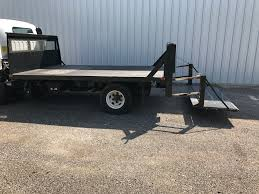 2011 isuzu npr hd 12 u0027 flatbed atx truck and equipment