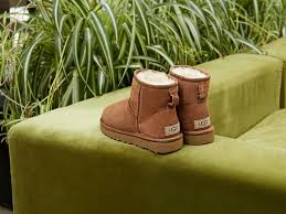 s prague ugg boots why did qantas airline ban a because of uggs jetset times