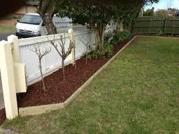 Timber Garden Edging Ideas Ideas For Garden Edging Hipagesgarden Australia Zandalus Net